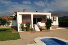 Villa avec 4 chambres à 500 m de la plage