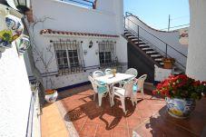 Villa avec 2 chambres à 650 m de la plage