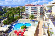 Appartement pour 4 personnes avec vue sur la piscine